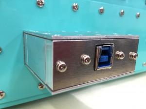 シールドボックス・電波暗箱のオプション_USB3.0対応フィルタ