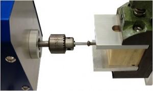 JIST0311準拠_金属製骨ねじの機械的特性測定機